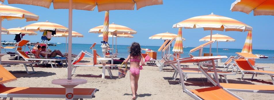 Special offer with  '' umbrella and sunbed free on the beach  '' from August 29 to September 6