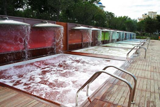 Speciale Luglio benessere a Riccione con entrata gratuita al parco termale Perle d'acqua