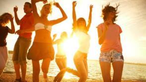 Offerta di luglio Donne in vacanza a Rimini in Hotel All Inclusive
