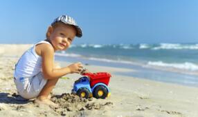 Bimbo gratis a settembre in hotel con animazione e mini club vicino al mare a Rimini