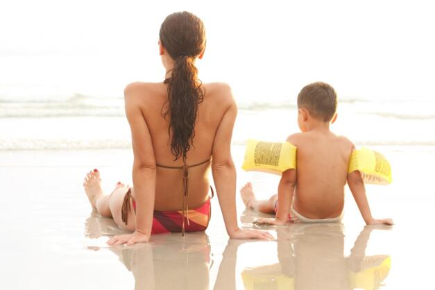 Offer for single parents with child discount in a hotel close to the sea in Rimini