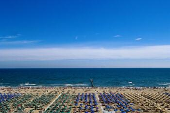 June Offer Discounted Super Rimini holiday!