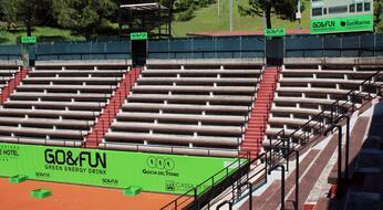 San Marino GO&FUN Open: a poche ore dal via, il centrale si tinge di verde.