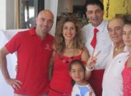 La Famiglia Bugli al completo Augura a tutti quanti BUON FERRAGOSTO!!!