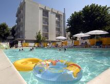 Offre dernière semaine de Juillet à l'hôtel Rimini près des enfants de mer gratuit