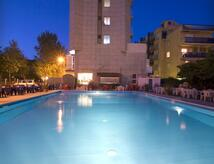 Offerta Giugno in hotel a Rimini all inclusive, animazione, piscina, centro benessere e acquascivoli