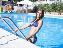 Giugno a Rimini in Hotel 3 stelle economico con piscina e animazione, parcheggio e centro benessere