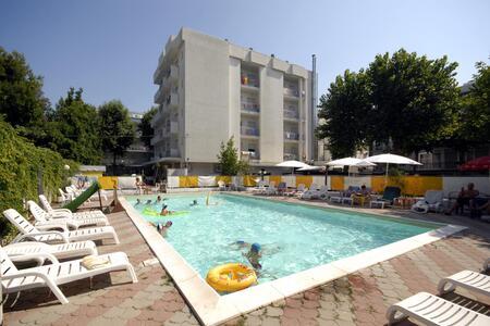 Offerta Agosto Bambini Gratis Family Hotel All inclusive Rimini