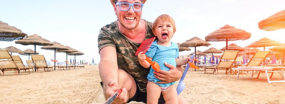Vacanze Agosto Riccione in hotel per famiglie vicino alla spiaggia