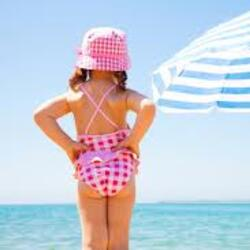 Hotels offer family July to Rimini with swimming pool, car park and entertainment!