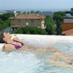 Chambres h�tel � Rimini Juin dernier avec piscine, animation et Parking