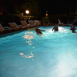 L  'Sympathy hotel has a large swimming pool, garden, parking and entertainment throughout the day!