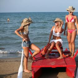 Holiday Offer June to Rimini B & B Beach