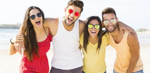 Offerta Fine Agosto Cesenatico Low-Cost in campeggio fronte mare con piscina e animazione