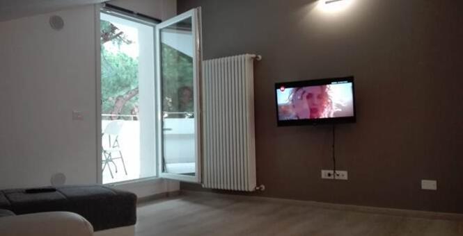 immobiliaretardini it annuncio-Vendesi-Attico-finemente-arredato-al-Centro-Mare-Riccione-1170 007
