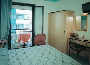 hotel christian - Hotel drei Stern - Balkon  - Rivazzurra