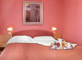 Rimini - Marina Centro - junior hotel - Giochi bimbi - Hotel tre Stelle