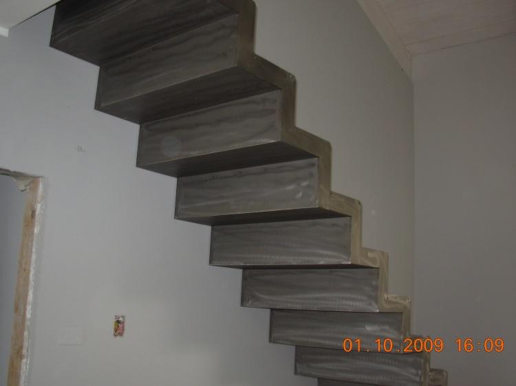 Scale in ferro, scale in ferro battuto, progettazione e montaggio scale in ferro su misura ...