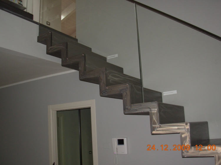 Scale in ferro scale in ferro battuto progettazione e - Scale da esterno in ferro ...