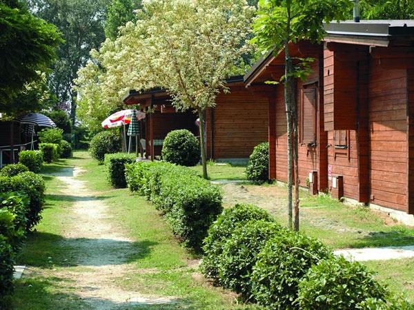 Le offerte proposte da grand tour italia camping park for Fantastici disegni di bungalow