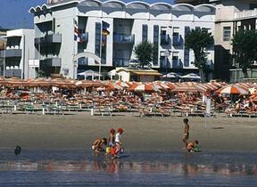 Sala TV - hotel gardenia - Hotel tre Stelle - Torre Pedrera