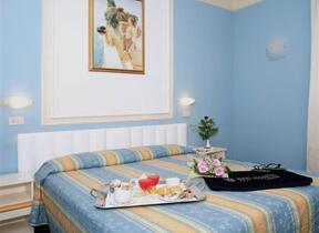 Hotel tre Stelle superiore - Telefono - hotel augustus - Rimini - Marina Centro