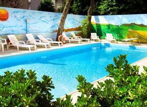 TV - Hotel 4 Stelle - hotel regina elena 57 oro bianco spa - Rimini - Marina Centro