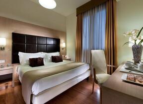 Rimini - Marina Centro - hotel regina elena 57 oro bianco spa - Frigobar (minibar) - Hotel 4 Stelle