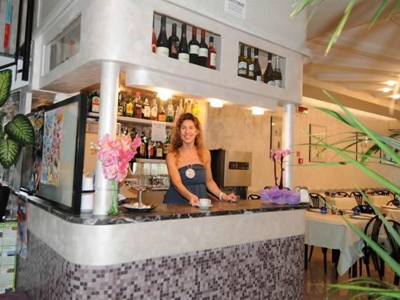 Hotel nuovo giardino rivazzurra drie sterren hotel rivazzurra - Hotel nuovo giardino rimini ...