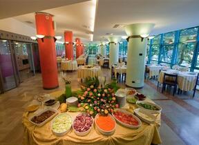Rivabella - Hotel tre Stelle - Apertura stagionale - hotel ivano