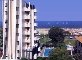 hotel aristeo - Camere comunicanti - Rimini - Marina Centro - Hotel 3 Stelle superiore