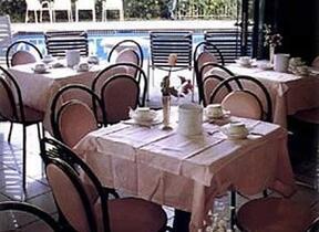 hotel aristeo - Radio - Rimini - Marina Centro - Hotel 3 Stelle superiore