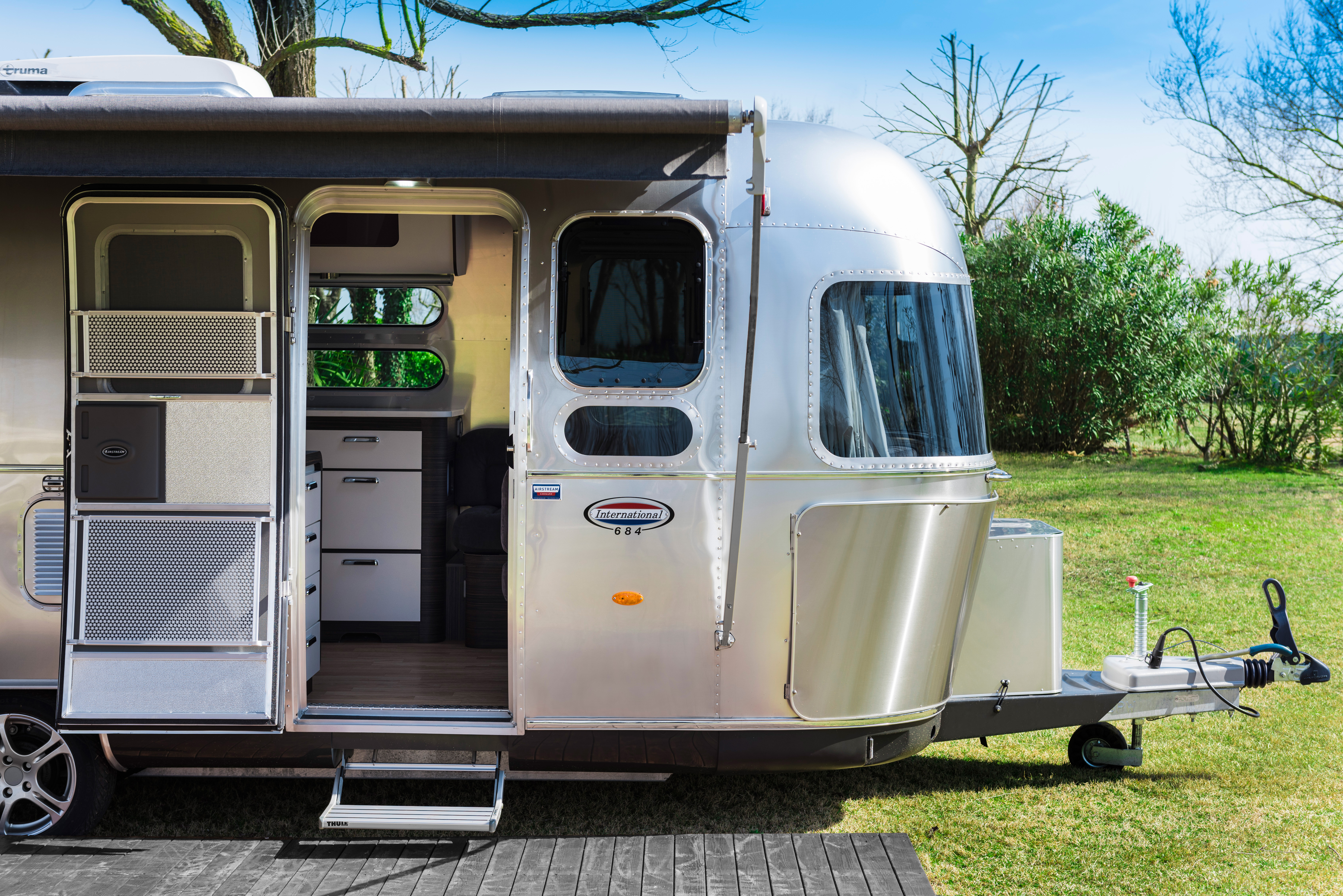 airstream in venice camping ca 39 savio. Black Bedroom Furniture Sets. Home Design Ideas