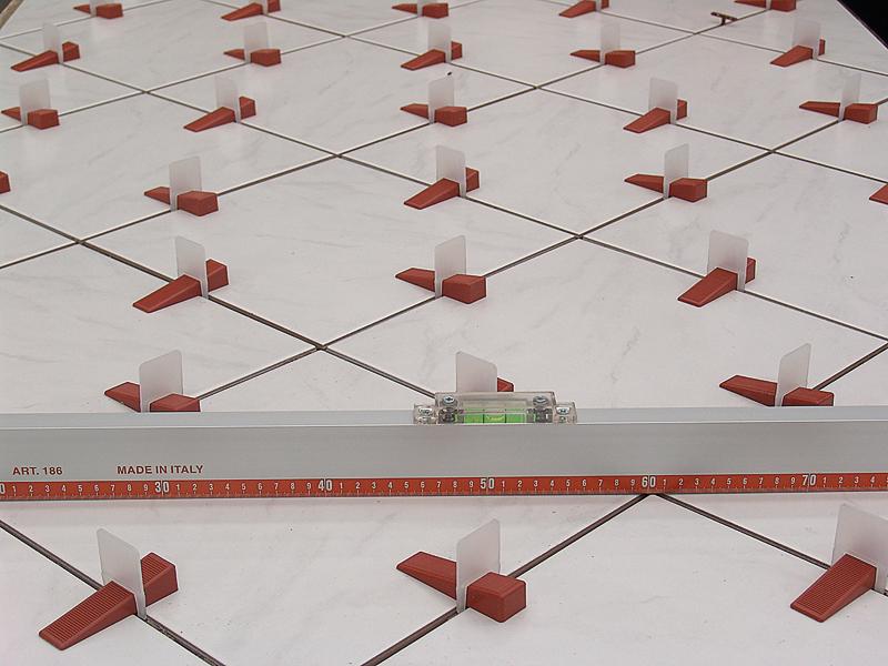 Kit rls raimondi distanziatori per pavimenti e piastrelle - Distanziatori per piastrelle ...