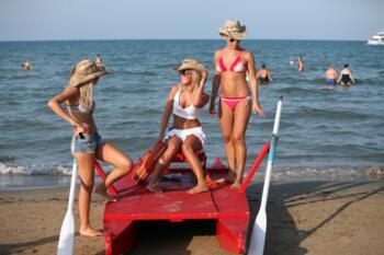 Urlaubsangebot Juni bis Rimini B & B Strand
