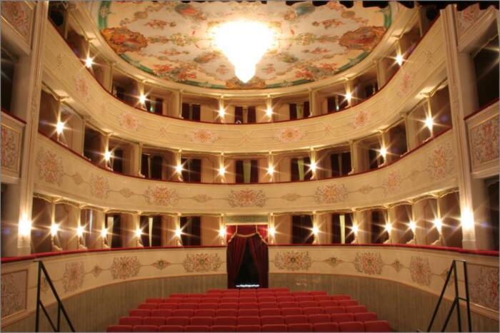 Offerta Soggiorno più ingresso al Teatro Misa di Arcevia in Mezza Pensione