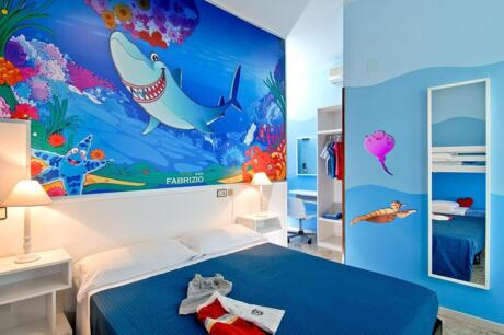 Theme rooms SHARKY, PENGUIN, DOLPHIN