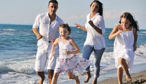 Sea offer for family in june in Rimini Italy in 3 star Hotel by the sea