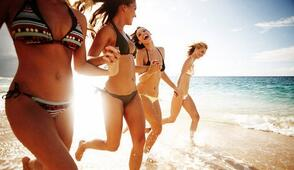 Rimini Italy Holiday Offer for Women in hotel near the sea