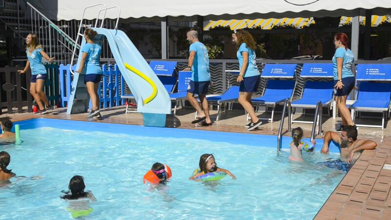 All-Inclusive Juli Angebot mit Pool, Animation und Kinderermäßigungen