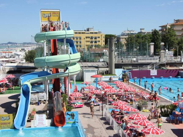 Offer for the Last Week of August 2019 - Rimini Family Hotel: Discounts and Beach Village Entrance