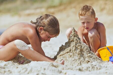 Offerta 4° Settimana Giugno con 3 PARCHI GRATIS: Mirabilandia, Beach Village e Skaramacai