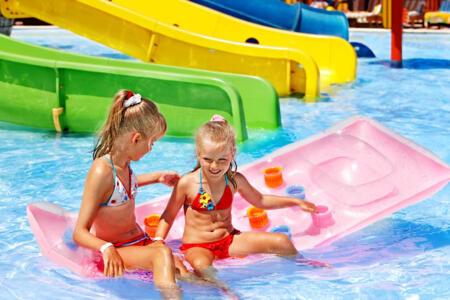 Offre 1ère semaine Août à Rimini: hôtel avec piscine, gonflable, animation et Wi-Fi Fibre