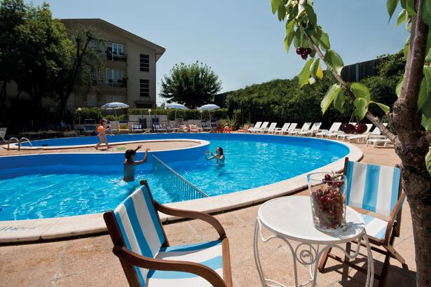 Offer for June at the seaside in Rimini in a hotel near the beach