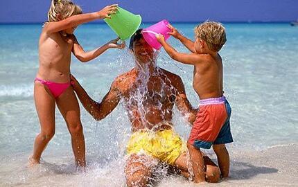 Speciale luglio in famiglia in appartamento a Marina di Ravenna con spiaggia inclusa