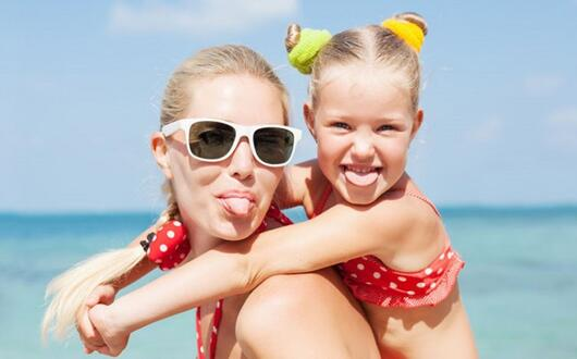 Offerta Fine Maggio Hotel 3 stelle sul mare a Rimini Bambini Gratis e Spiaggia Privata Gratis