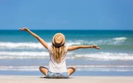 Offerta low-cost luglio in Hotel 3 stelle sul mare Rimini spiaggia gratuita inclusa