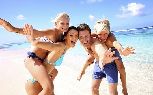 Offerta Giugno in hotel a Rimini proprio sul mare, Spiaggia privata gratis e bambini Gratuti