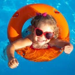 Offerta Luglio Rimini Hotel 3 stelle sul mare con Spiaggia Privata Inclusa nel prezzo Bambini gratis