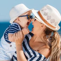 Offerta Inzio Agosto Hotel Rimini proprio sul mare con SPIAGGIA GRATIS! Bambini Gratuti fino 4 anni